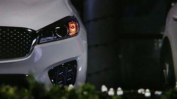 Kia Light Up the Holidays Sales Event TV Spot, 'Light Show' [T2] - Thumbnail 6