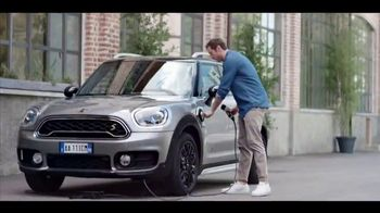 MINI Countryman Plug-In Hybrid TV Spot, 'More Charge' Song by Jake Bugg [T2]