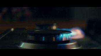 Blue Apron TV Spot, 'Blue Apron Presents: Any Night' - Thumbnail 1