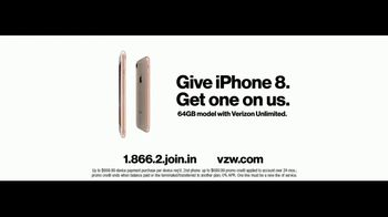 Verizon Unlimited TV Spot, 'Pony: iPhone 8' Featuring Thomas Middleditch - Thumbnail 10