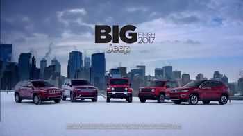 Jeep Big Finish TV Spot, 'Weather Report' Song by Imagine Dragons [T2] - Thumbnail 7