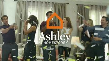 Ashley HomeStore New Year's Savings Bash TV Spot, 'Ashley Sleep Sets' - Thumbnail 4