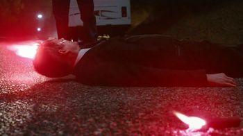 Allstate TV Spot, 'Mayhem: Road Flare' Featuring Dean Winters - Thumbnail 4