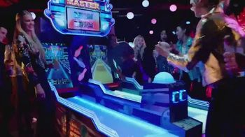 Dave and Buster's TV Spot, 'Holidays: Play Four Games Free' - Thumbnail 5