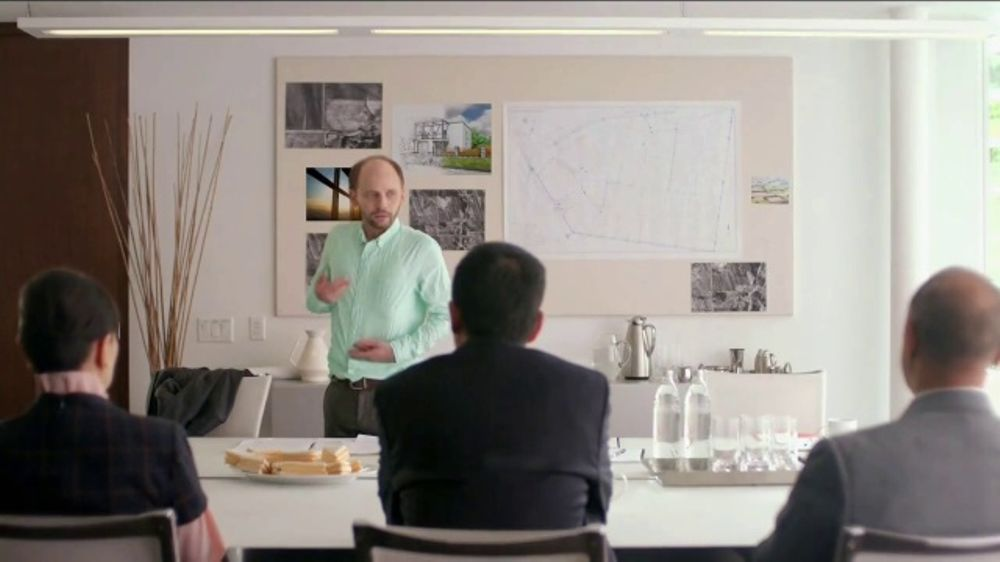 Bounce Dryer Sheets TV Commercial, 'Don't Let Wrinkles Ruin Your Meeting' -  Video