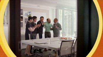Bounce Dryer Sheets TV Spot, 'Don't Let Wrinkles Ruin Your Meeting' - Thumbnail 10
