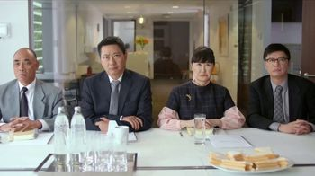 Bounce Dryer Sheets TV Spot, 'Don't Let Wrinkles Ruin Your Meeting' - Thumbnail 2