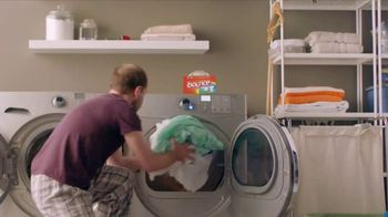 Bounce Dryer Sheets TV Spot, 'Don't Let Wrinkles Ruin Your Meeting' - Thumbnail 7
