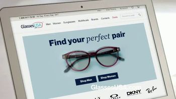 GlassesUSA.com TV Spot, 'Everybody is Buying Glasses Online: End of Year' - Thumbnail 8