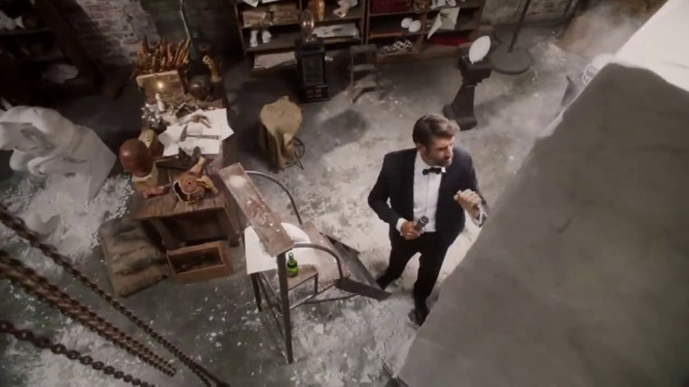 Dos Equis TV Commercial, 'Most Interesting Fan: Statue' Featuring Rob Riggle