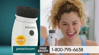 ProactivMD TV Spot, 'Clear Difference: Free Charcoal Brush' - Thumbnail 5