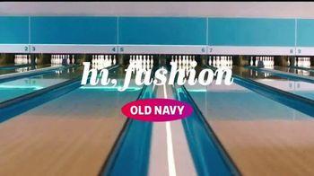 Old Navy TV Spot, 'Boliche' canción de MEN$A [Spanish] - Thumbnail 1