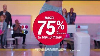 Old Navy TV Spot, 'Boliche' canción de MEN$A [Spanish] - Thumbnail 5