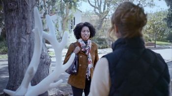 GMC Season to Upgrade TV Spot, 'Reindeer Sale' [T2] - Thumbnail 4