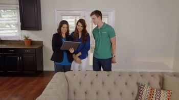 Bassett Ring in a New Look TV Spot, 'HGTV Home: Young Professionals' - Thumbnail 3