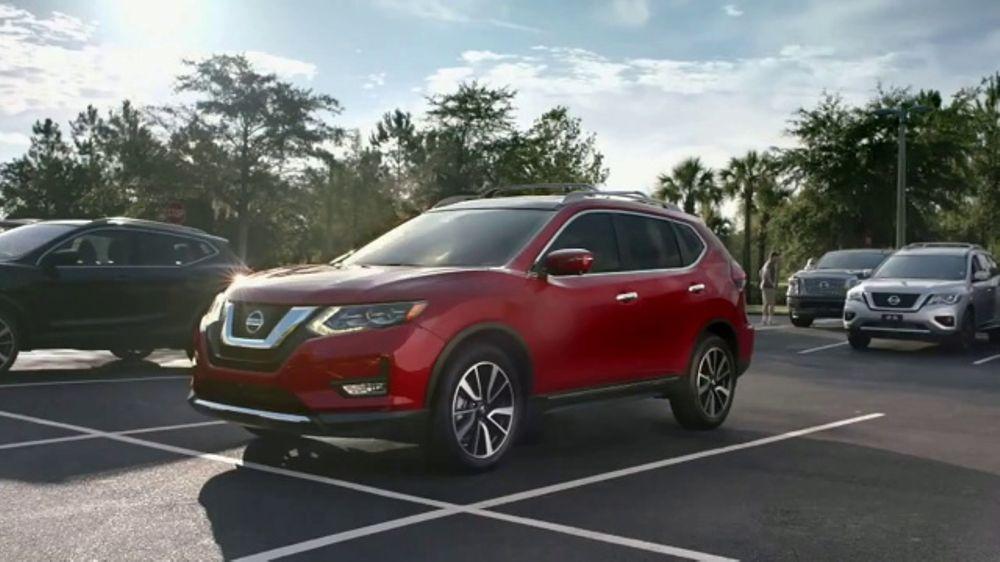 2017 Nissan Rogue TV Commercial, 'Car-Buying Season ...