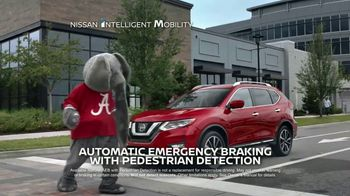 2017 Nissan Rogue TV Spot, 'Car-Buying Season' Featuring Tim Tebow [T2] - Thumbnail 7