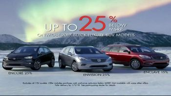 2017 Buick Encore TV Spot, 'Get Wrapped up in the Holidays' [T1] - Thumbnail 6