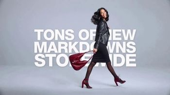 Macy's After Christmas Sale TV Spot, 'Tons of New Markdowns' - Thumbnail 9
