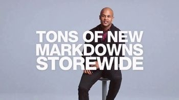 Macy's After Christmas Sale TV Spot, 'Tons of New Markdowns' - Thumbnail 8