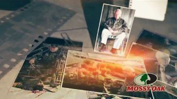 Mossy Oak Obsession TV Spot, 'Close as You Can Get' - Thumbnail 2