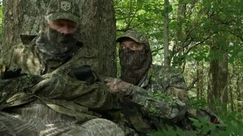 Mossy Oak Obsession TV Spot, 'Close as You Can Get' - Thumbnail 4