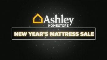Ashley HomeStore New Year's Mattress Sale TV Spot, 'Free Box Spring' - Thumbnail 1