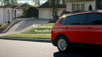 2018 Volkswagen Tiguan TV Spot, 'More Room' [T2] - Thumbnail 8