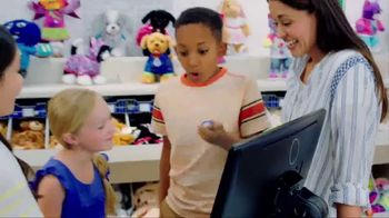 Build-A-Bear Workshop TV Spot,'Valentine's Day: A Gift With Heart' - Thumbnail 4