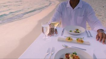 Cayman Islands Department of Tourism TV Spot, 'Award-Winning Cuisine' - Thumbnail 5