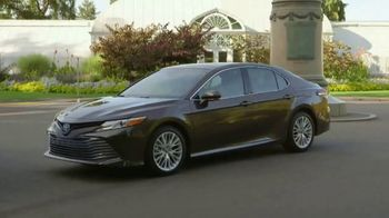 2018 Toyota Camry TV Spot, 'Vive: inspiración' [Spanish] [T2] - Thumbnail 4