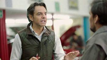 DishLATINO TV Spot, 'Mecánico: sin contrato' con Eugenio Derbez,  canción de Periko & Jessi Leon [Spanish] - Thumbnail 3