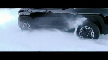 Jeep Renegade TV Spot, 'Falling Snow' Song by Imagine Dragons [T1] - Thumbnail 5