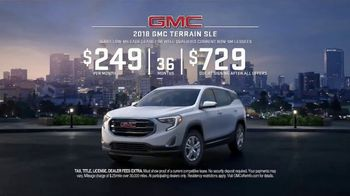 GMC Season to Upgrade TV Spot, 'New Year's Resolution' [T2] - Thumbnail 9