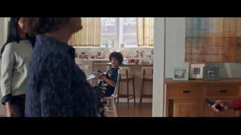 Fios by Verizon TV Spot, 'Binge Weekend' Featuring Gaten Matarazzo - Thumbnail 3