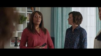 Fios by Verizon TV Spot, 'Binge Weekend' Featuring Gaten Matarazzo - Thumbnail 6