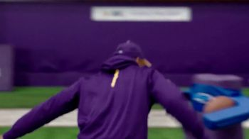 NFL Character Playbook TV Spot, 'Vikings Training Camp' Feat. Stefon Diggs - Thumbnail 6