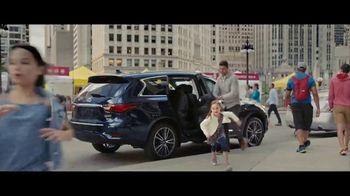 2018 Infiniti QX60 TV Spot, 'On the Run'