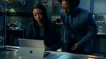 Microsoft Surface TV Spot, 'Lethal Weapon: Enjoy Ourselves' - Thumbnail 6