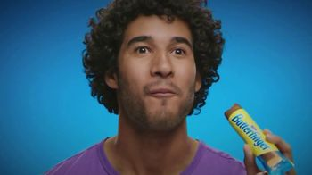 Butterfinger TV Spot, 'Own Every Messy Bit' Song by Flo Rida - Thumbnail 6