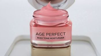 L'Oreal Paris Age Perfect Rosy Tone Moisturizer TV Spot, 'Cell Renewal' - Thumbnail 8