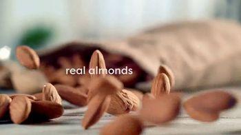 Coffee-Mate Natural Bliss Almond Milk Creamer TV Spot, 'New' - Thumbnail 6
