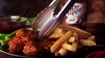 Zaxby's Spicy Honey BBQ Boneless Wings Meal TV Spot, 'Appetite' - Thumbnail 7