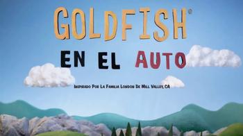 Goldfish Baked Cheddar TV Spot, 'Goldfish in the Car' [Spanish] - Thumbnail 1
