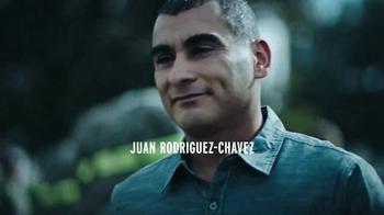 Modelo Especial TV Spot, 'Luchando por el honor' [Spanish] - Thumbnail 4