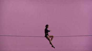 Fitbit Alta HR TV Spot, 'Tightrope' - Thumbnail 10