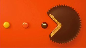 Reese's Pieces Peanut Butter Cups TV Spot, 'PAC-MAN'