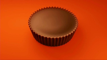 Reese's Pieces Peanut Butter Cups TV Spot, 'PAC-MAN' - Thumbnail 1