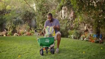 Scotts Turf Builder TV Spot, 'Bill's Yard' - Thumbnail 4