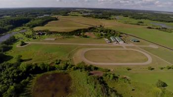 Whitetail Properties TV Spot, 'Twin Oak Farms Log Home' - Thumbnail 2